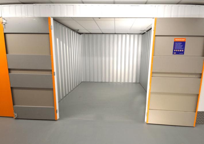 100 empty - xtra space self storage